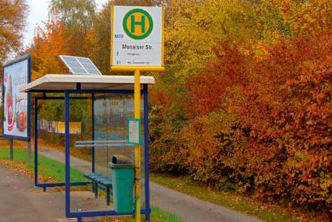 LED-Solar-Beleuchtung für Buswartehallen